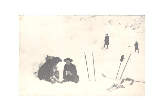 035-008.jpg